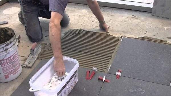 montaj placaje de andezit fiamat terasa